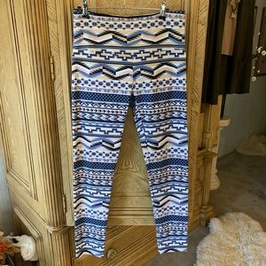 Slimsation print Leggings with a Southwest flare!